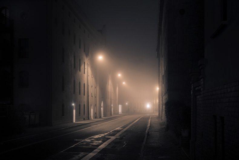 Andreas Levers e la città vista di notte