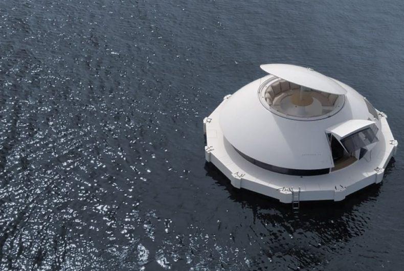 Com'è fatto Anthénea, il primo eco-hotel galleggiante del mondo