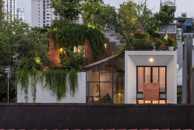 Park Roof House, la casa-giardino in Vietnam