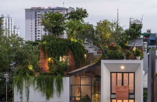 Park Roof House, the garden house in Vietnam