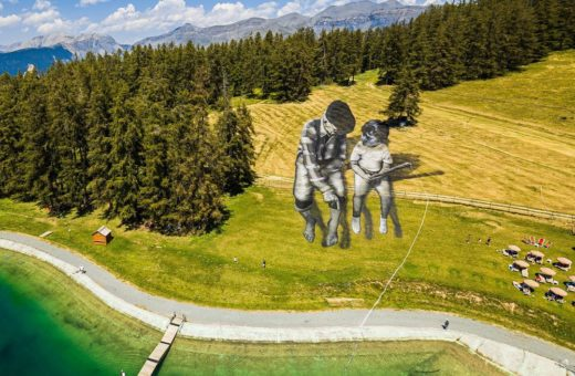 """From Street to Land"", la spettacolare arte di Saype"