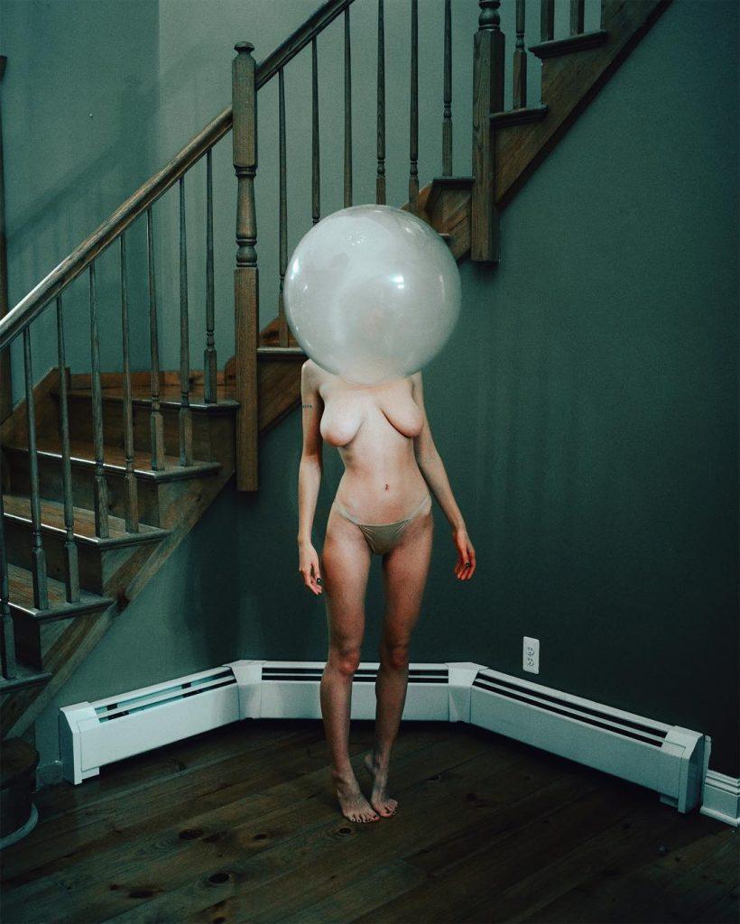 La fotografia ipnotica e sensuale di Steven Gindler aka Cvatik | Collater.al