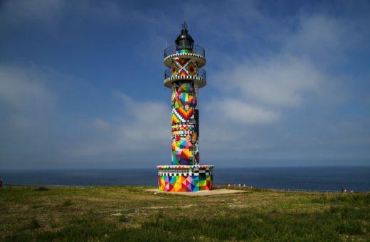 Infinite Cantabria, l'opera di Okuda San Miguel al Faro di Ajo