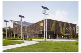 Mc Donald's new sustainable restaurant in Florida