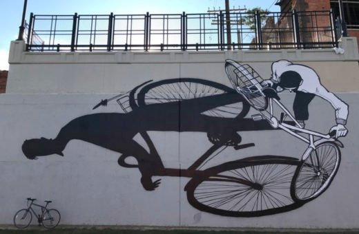 Alex Senna's street art, made of people and shadows
