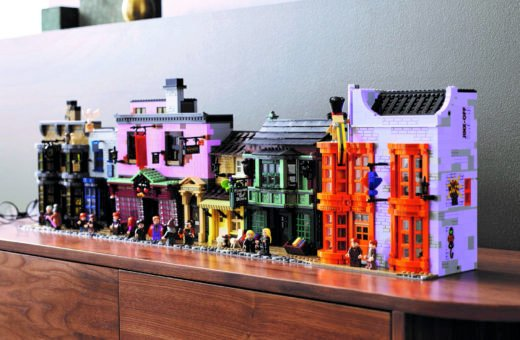 LEGO celebrates Harry Potter with the set of Diagon Alley