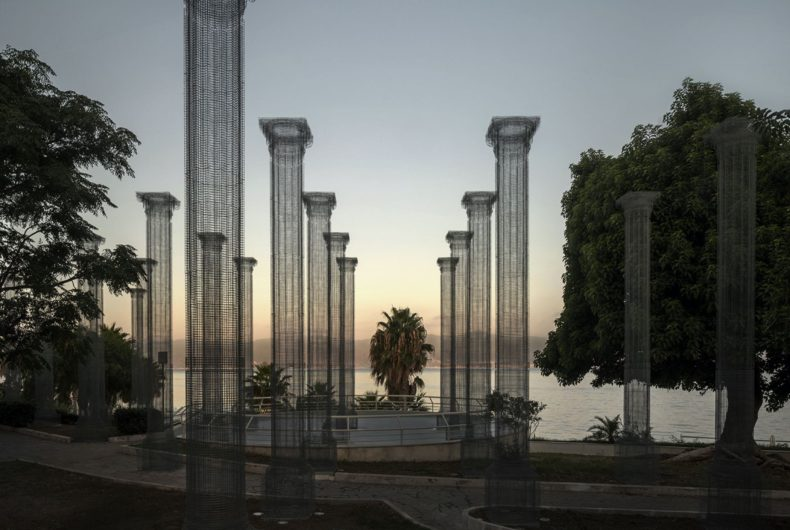 Opera, l'installazione di Edoardo Tresoldi a Reggio Calabria