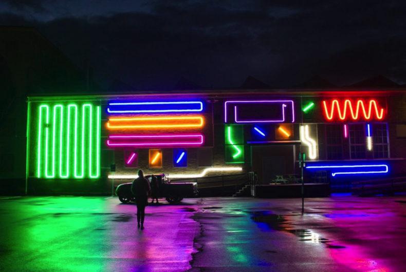 Spidertag e il nuovo murale di neon in Svezia