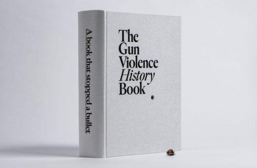 The Gun Violence History Book, il libro che ferma un proiettile
