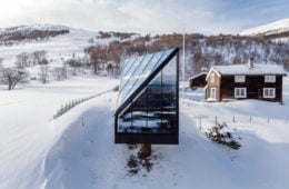 The Diamond, the minimal cabin lost in Norway