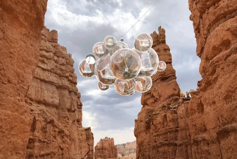 """""""Bubble Canyon"""", le sfere fluttuanti di Vincent Leroy"""
