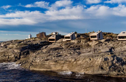 The small cabins of Holon Arkitektur one step from fjords