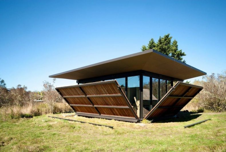 """False Bay Writer's cabin"", the project by Olson Kundig"