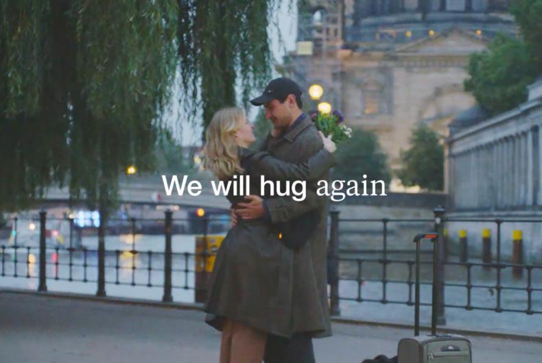 """We will hug again"", Zalando Christmas commercial 2020"