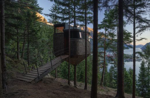 Woodnest, the pinecone shaped mini house