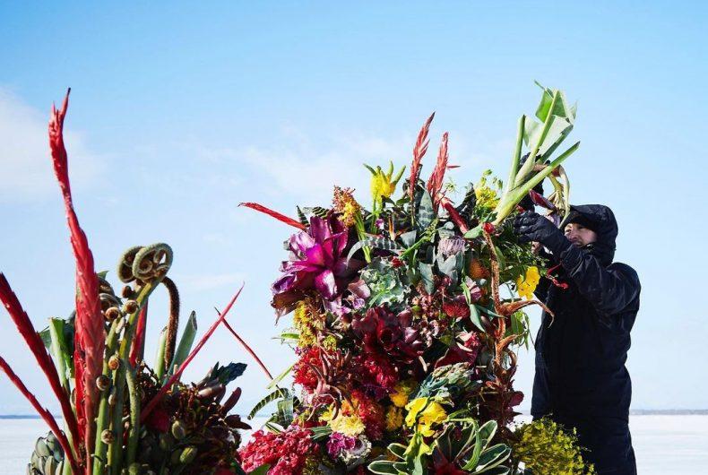 "The ""Frozen Flowers"" of Japanese artist Makoto Azuma"