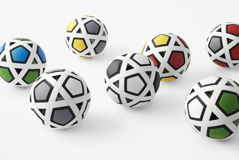 """My Football Kit"", il pallone  futuristico dello studio Nendo"