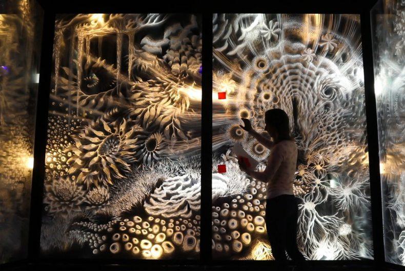 """""""Pulse"""", l'ultima installazione multisensoriale di Claudia Bueno"""
