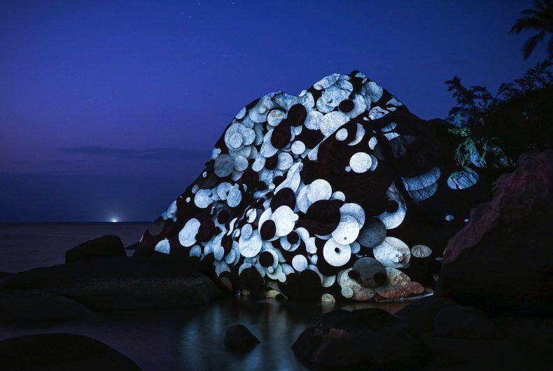 Le installazioni luminose di Philipp Frank