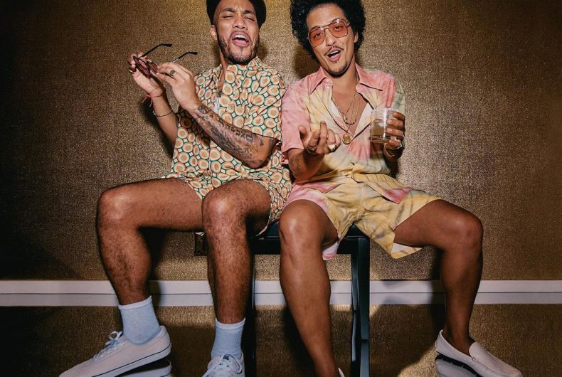 Silk Sonic, here is the first single from the duo Anderson .Paak and Bruno Mars