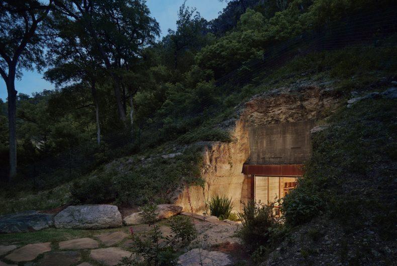 La cantina scavata nelle colline della Texas Hill Country