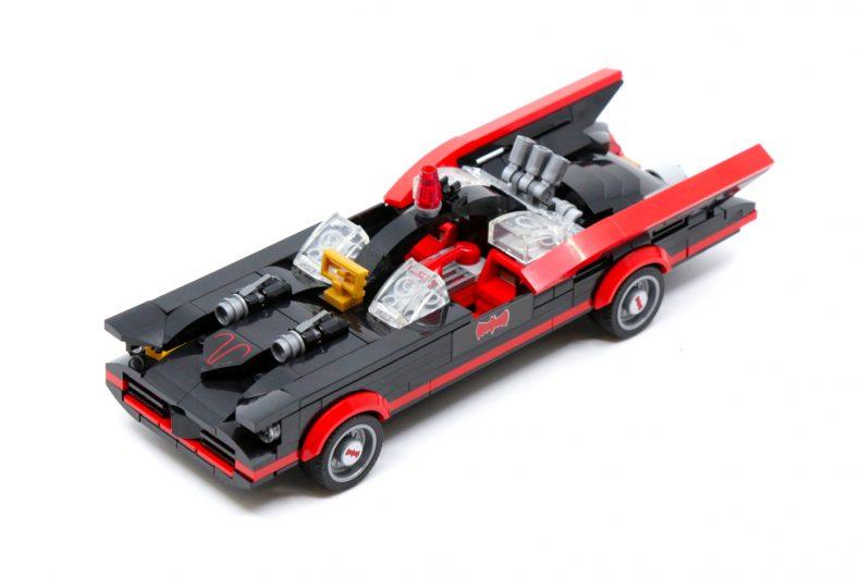 Ecco il nuovo set LEGO, la Batmobile degli anni '60