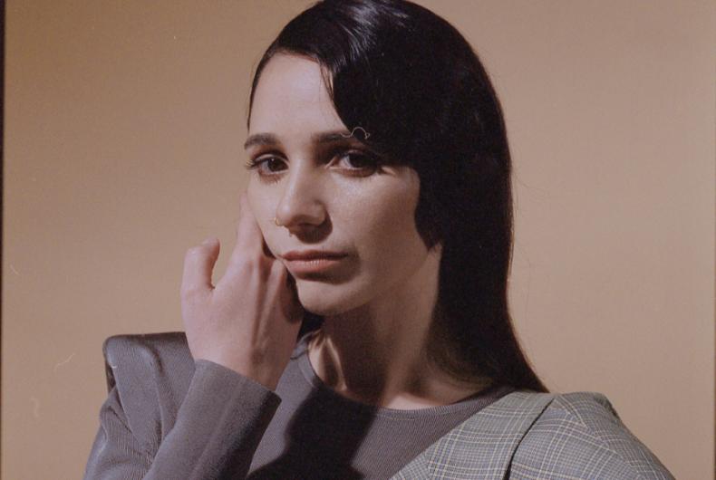 """Guarda in anteprima """"Tè verde"""", il nuovo video di Cecilia"""