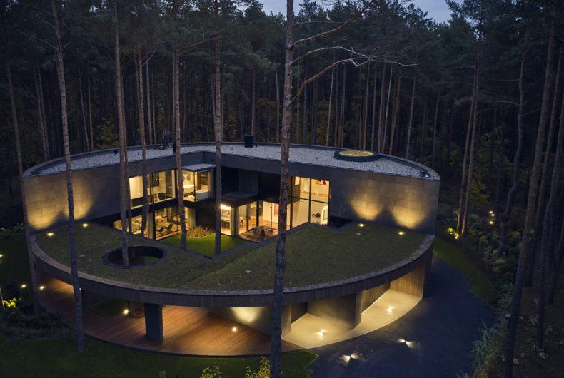 Circle Wood, a tree trunk-shaped house