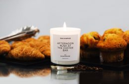 Eau D'Office, six candles recreates the office atmosphere