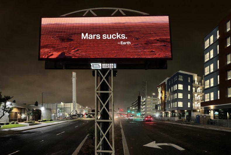 """""""Mars sucks"""", la campagna di Activist LA per l'Earth Day 2021"""