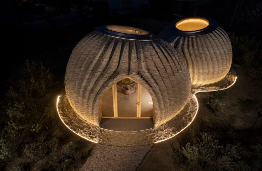 TECLA, a home from the earth for the Earth built in 3D