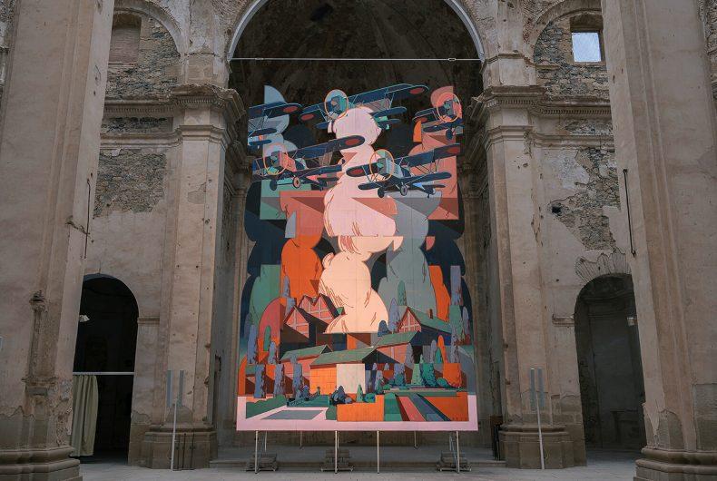 La ruina, l'opera di Aryz nella chiesa di Sant Pere in Spagna