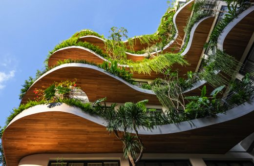 City Oasis, l'edificio trasformato in una foresta tropicale verticale