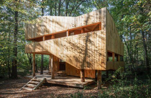 Le Château Ambulant, la casa interamente costruita in legno