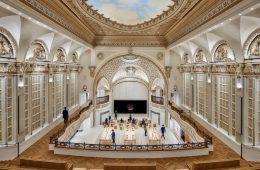 The Tower Theatre in Los Angeles becomes an Apple Store