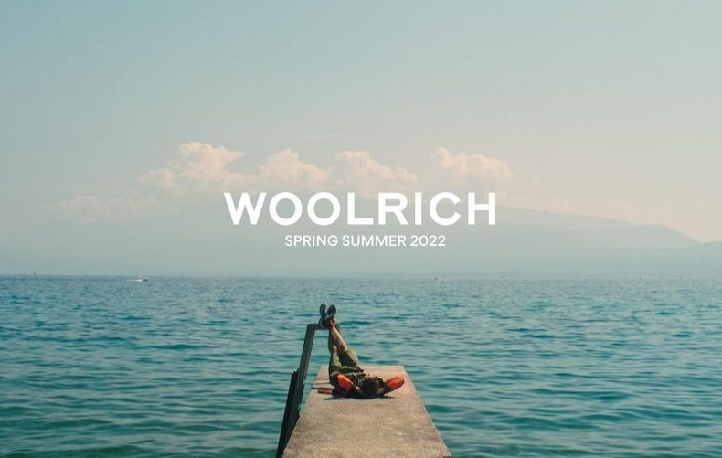 La Spring/Summer 2022 di Woolrich, tra città e natura