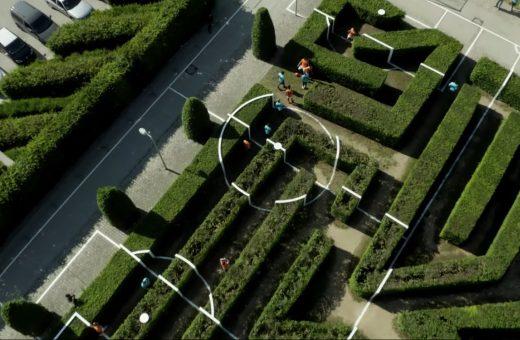 Il campo da calcio di Benedetto Bufalino, costruito in un labirinto
