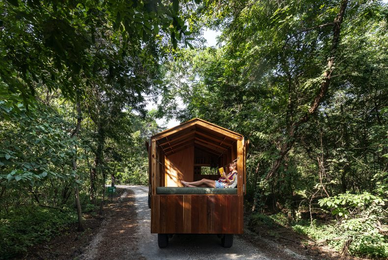 La Casa Nueva, the wooden house that can be taken anywhere