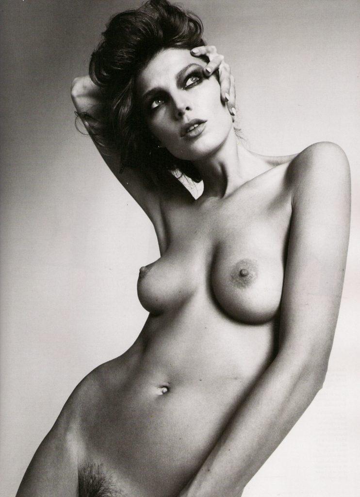 La fotografia glam e sensuale di Mert Alas e Marcus Piggott