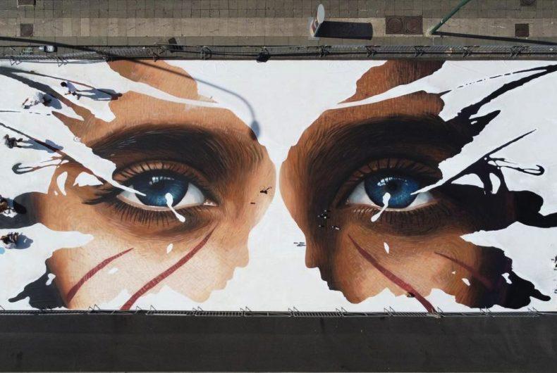 300 metri di murales sul lungomare di Napoli