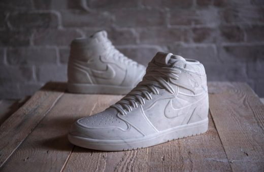 Le sneaker in marmo di Alasdair Thomson