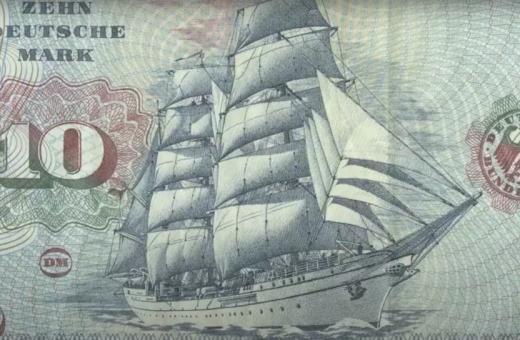 Money Is The One True God: la videoarte fatta con le banconote