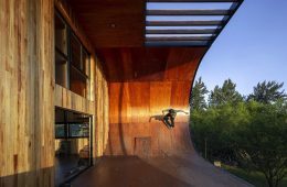 A skateboardable house in Argentina
