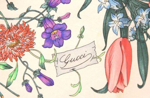 """La storia di """"Flora"""", il foulard senza tempo di Gucci"""